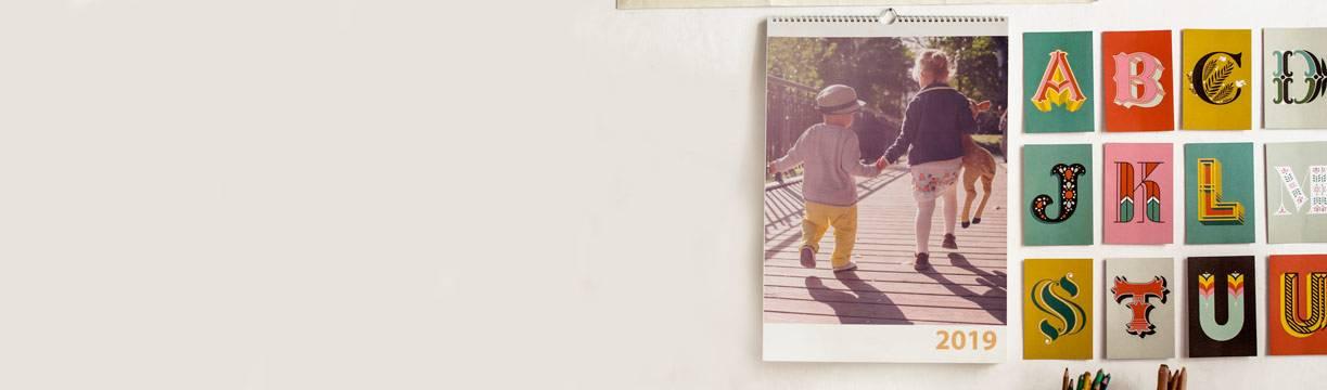 Lav en fotokalender med dine egne billeder hos Picta